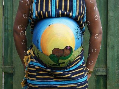 belly-painting-409794_1920.jpg