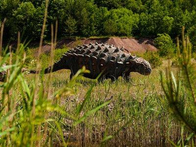 dinosaur-958018_1920.jpg
